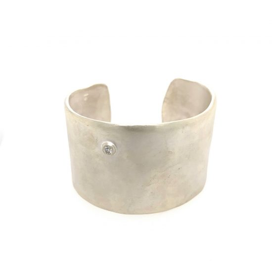 Simple Wide Cuff with Diamond