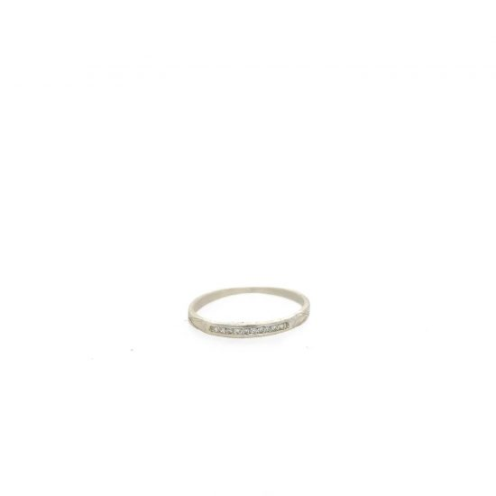Dainty Deco 10 Diamond Ring