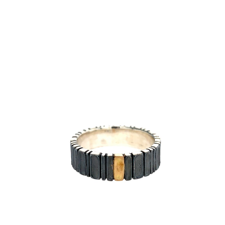 conni mainne ring band