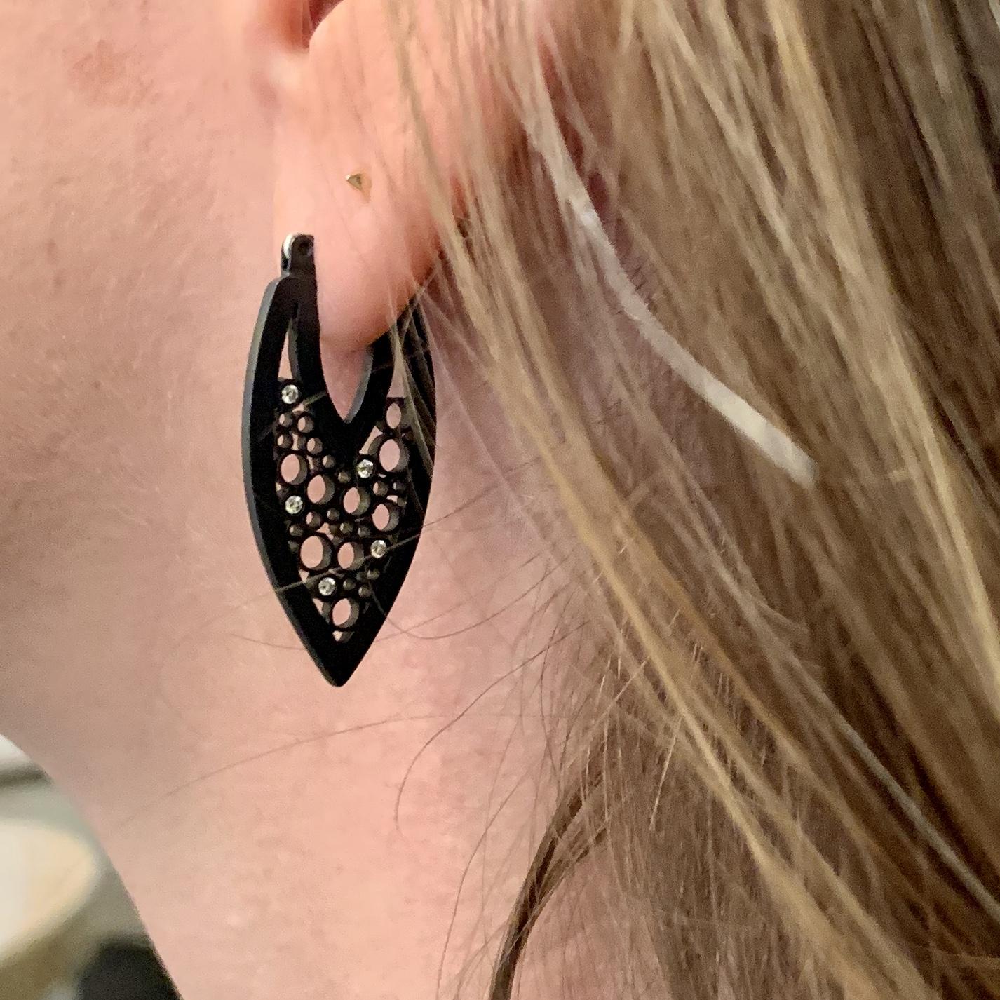 belle brooke black earrings
