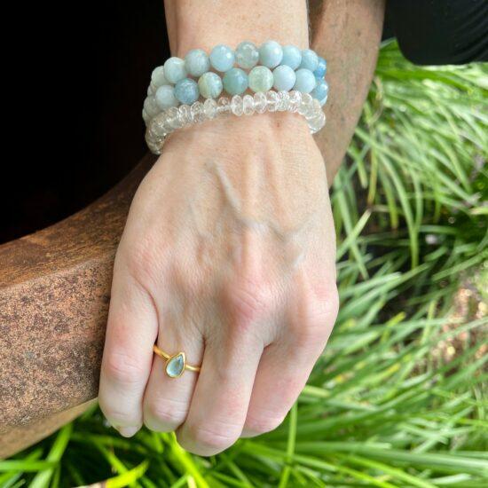 aquamarine stretch bead bracelet